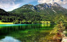 Lac d'Hintersteiner dans le Tyrol, une des meilleures destinations familiales pour des vacances réussies