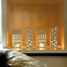 Use the beautiful Kähler candle houses to create new traditions, expand the collection you already have, or buy your very first little tealight house.