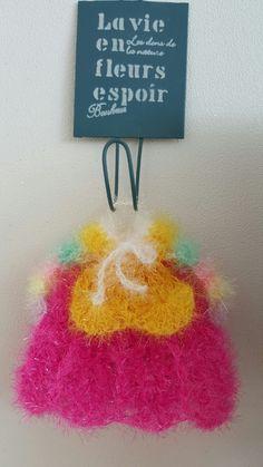 한복수세미패키지 ㅡ (전통,파스텔) : 네이버 블로그 Crochet Earrings, Christmas Ornaments, Holiday Decor, Home Decor, Flowers, Decoration Home, Room Decor, Christmas Jewelry, Christmas Decorations