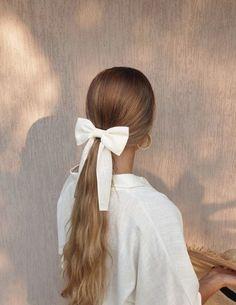 Pretty Hairstyles, Easy Hairstyles, Hair Inspo, Hair Inspiration, Ribbon Hairstyle, Pelo Vintage, Fairy Hair, Aesthetic Hair, Hair Goals