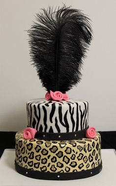 Fashionista Birthday Cake - Chic fashionista-style birthday cake created by artist Jasmine Clouser of The Couture Cakery, Camp Hill, Pennsylvania…. Pretty Cakes, Beautiful Cakes, Amazing Cakes, Special Birthday Cakes, Birthday Gifts For Girls, Cupcakes, Cupcake Cakes, Food Cakes, Occasion Cakes