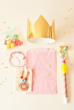 birthday favors! {styling by stevie pattyn for shop sweet lulu// necklace by avery rayne designs}