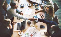 In immer mehr Stellenausschreibungen ist zu lesen, dass Unternehmen flache #Hierarchien bieten. Doch was ist damit eigentlich gemeint?