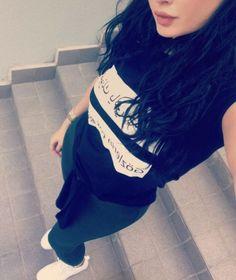 Sania Shah ❤ Girl Photo Poses, Picture Poses, Girl Photos, Girly Pictures, Friend Pictures, Dps For Girls, Girly M, Girl Attitude, Fake Photo