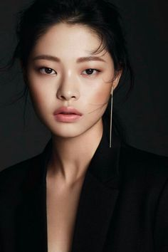 "61 Ideas Wedding Makeup Asian Korean Make Up History of eye makeup ""Eye care"", in Monolid Eyes, Monolid Makeup, Asian Eye Makeup, Makeup Eyeshadow, Nude Makeup, Asian Makeup Model, Makeup Brushes, Asian Makeup Looks, Dewy Makeup"