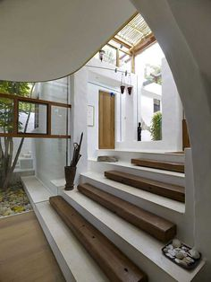 Primitive style steps at the Waterfront House Coogee - Randwick, Australia