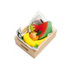 Buy Le Toy Van: Honeybee - Smoothie Fruits Wooden Crate Set at Mighty Ape NZ. Our Smoothie Fruits wooden food crate is the perfect companion for the Honeybee Market, sold separately.It also works well with the Honeybake Weighing. Play Food Set, Pretend Food, Colorful Fruit, Fresh Fruit, Van Kitchen, Smoothie Fruit, Fruit Salad, Wooden Play Food, Toys Shop