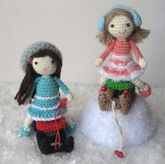 I wanted a friend for Mailin and I crocheted Skyla. English pattern scroll down.