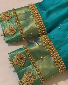 No photo description available. Hand Work Blouse Design, Simple Blouse Designs, Stylish Blouse Design, Wedding Saree Blouse Designs, Saree Blouse Neck Designs, Embroidery Neck Designs, Designer Blouse Patterns, Maggam Works, Farewell Sarees