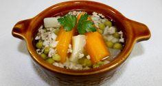 Darálthúsos leves recept   APRÓSÉF.HU - receptek képekkel Hummus, Thai Red Curry, Soup Recipes, Pork, Ethnic Recipes, Soups, Diet, Pork Roulade, Pigs