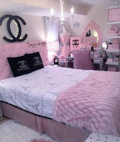 25 Beauty Chanel Bedroom Ideas and Furnitures Girl Bedroom Designs beauty Bedroom Chanel Furnitures Ideas Cute Bedroom Ideas, Cute Room Decor, Girl Bedroom Designs, Teen Room Decor, Room Ideas Bedroom, Design Bedroom, Bed Room, Bedroom Ideas For Teen Girls Tumblr, Paris Room Decor