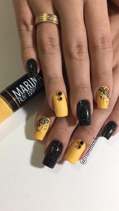 119 fotos de unhas com glitter unhas decoradas amarelas, unhas amarelas, unhas coloridas, Gold Nails, Glitter Nails, Cute Nails, Pretty Nails, Yellow Nails Design, Clean Nails, Ballerina Nails, Fabulous Nails, Cool Nail Designs