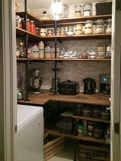 There are few things nicer than a newly organized space. If you are looking for some pretty and practical farmhouse style pantry organization ideas, stick around! My pantry had been a hot mess and I needed to get it under… Continue Reading → Kitchen Pantry Design, New Kitchen, Kitchen Storage, Kitchen Decor, Decorating Kitchen, Kitchen Ideas, Corner Kitchen Pantry, Kitchen Pantries, Kitchen Cabinets
