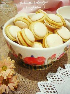Gabriella kalandjai a konyhában :): Non plus ultra Hungarian Desserts, Hungarian Recipes, Hungarian Food, Non Plus Ultra, Baking And Pastry, Cookie Jars, Cake Cookies, My Recipes, Cereal