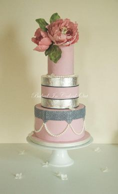 Where Vintage meets Contemporary - Cake by Bakedincakedout