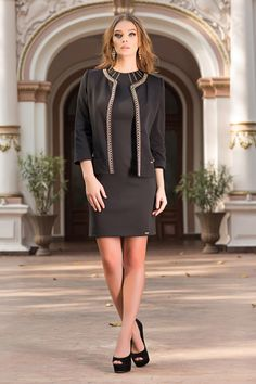 Luxury jacket that epitomises the chic, feminine focus of the collection… Business Meeting, Signature Look, Feminine Fashion, Black Trousers, Work Looks, Night Looks, The Chic, Dress Codes, Classic Looks
