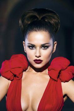 Cheryl Cole's look for Promise This Cheryl Cole Style, Cheryl Ann Tweedy, Cheryl Fernandez Versini, Girls Aloud, Flawless Face, Pretty Eyes, Celebs, Celebrities, Photography Women