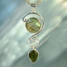Faceted Labradorite & Moldavite Lyrical by ArkadianCollection