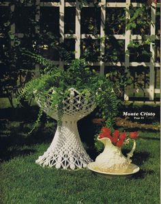 VINTAGE MACRAME PATTERNS TABLES HANGING PLANTERS NOVELTY BIRD CAGE AQUARIUM - Images hosted at BiggerBids.com