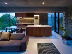 http://b3-bond.com/great-modern-japanese-house-in-hiroshima/interior-design-of-modern-japanese-house-in-hiroshima/