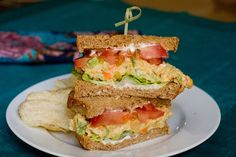 Chickpea Salad Sammiches - surprisingly good, mash the chickpeas and spice them like egg salad, quick lunch alternative to tuna (and will probably stay good all week!)