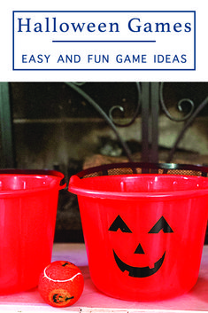 Use Halloween buckets to put a spooky fun twist on a classic party game with ideas and inspiration from Everyday Party Magazine #HalloweenPartyGames #HalloweenGamesForKids
