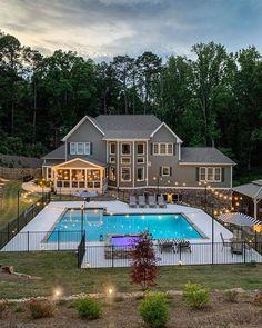 Backyard Pool Landscaping, Backyard Pool Designs, Swimming Pools Backyard, Farmhouse Homes, Modern Farmhouse, Farmhouse Ideas, Farmhouse Design, Big Pools, Beautiful Farm