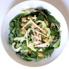 Power Lunch: Baby Kale Salad Loaded With Protein