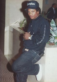 Eazy E with a gangsta lean