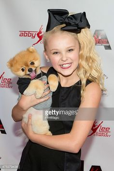 475379438-jojo-siwa-and-jiff-attend-dance-moms-abby-gettyimages.jpg (396×594)