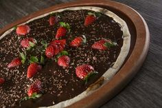 How to cook Pizza with Strawberries and Chocolate