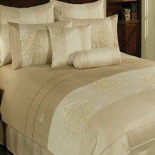 Rowan Comforter Set