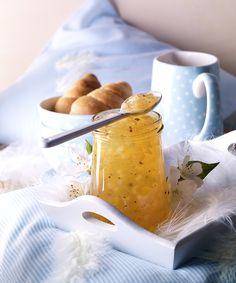 Apfelgelee mit Birnenstückchen -  Ein fruchtiges Gelee mit Birnenstückchen zum Frühstück