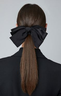 Classic Silk Bow by Sophie Buhai Updo With Headband, Headband Hairstyles, Spring Hairstyles, Easy Hairstyles, Bow Hair Clips, Hair Bows, Curly Hair Styles, Natural Hair Styles, Diamond Hair