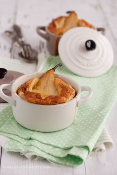 """Flognarde The Pears... Or Pear Clafoutis? _ In fact they are the same, but the term """"clafoutis"""" belongs only to the preparation with cherries, you know? I had promised to try it some time & a few days ago, finally, inspired by my Cocotte Le Creuset, I succumbed to this goodness!"""
