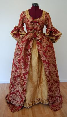Oh, I sooo want this!  Beautiful maroon and golden Marie Antoinette dress