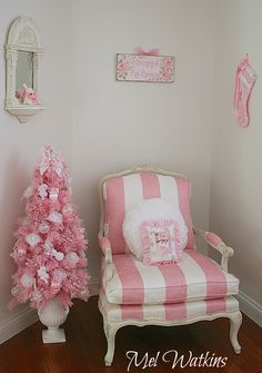 Im Dreaming of a Pink Christmas