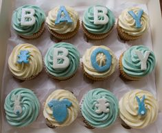 baby-boy-cupcake-giftbox