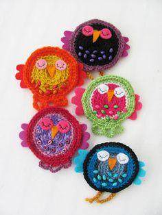 pöllöjä Bird Crafts, Textile Fabrics, Stuffed Animals, Handicraft, Knit Crochet, Crochet Earrings, Crafts For Kids, Knitting, Creative