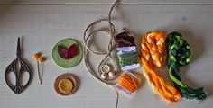 Autumn-handmade-pieces I Shop, Crochet Earrings, Hands, Autumn, Drop Earrings, Sewing, How To Make, Crafts, Handmade