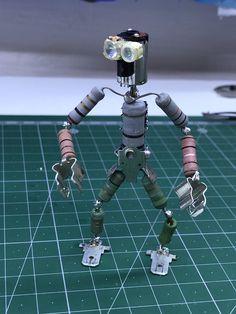 Electronic Scrap, Electronic Recycling, Computer Parts And Components, Steampunk Robots, Diy Robot, Secret Box, Tech Art, Metal Toys, Junk Art