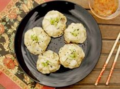 Čínské masové knedlíčky SHENG JIAN BAO Recipe Images, Dim Sum, Bao, Potato Salad, Potatoes, Treats, Ethnic Recipes, Asia, Fine Dining
