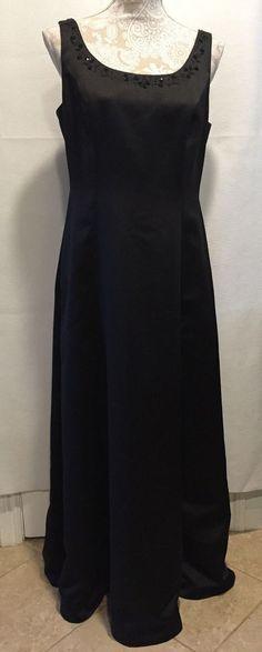 David's Bridal Women Prom Homecoming Formal Beaded Neck Long Black Dress Size 12…