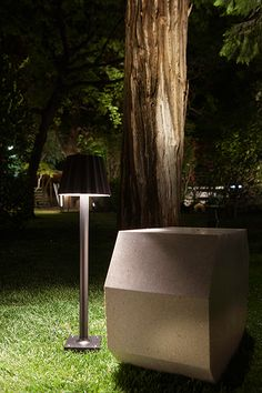 For Milan Design Week, Delta Light turned the surroundings of the historic Palazzo Crivelli into a monumental lighting installation. Brand new products were displayed in a conceptual setting, including designs by architects OMA, lighting designer Dean Skira and artist/designer Arik Levy. On top of that, a line-up of inspiring lectures and talks took place in the lush palazzo garden, including speakers like Snøhetta, CF Møller and AABE. Exterior Lighting, Outdoor Lighting, Milan Design Week 2017, Delta Light, Light Installation, Butler, Lamp Light, Lighting Design, Lights