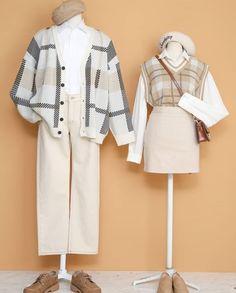 Korean Fashion – How to Dress up Korean Style – Designer Fashion Tips Ulzzang Fashion, Harajuku Fashion, Kawaii Fashion, Cute Fashion, Korean Fashion, Fashion Moda, Vogue Fashion, Matching Couple Outfits, Fashion Couple