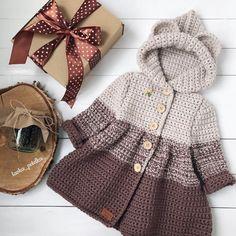 Кто там не любит долго ждать? Мишуткина пальтишка в наличии (92 размер) Чьей малышке будет любимой одёжкой?продан  #lavka_petelka  #любовь_с_первой_петельки