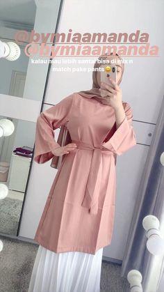 Modern Hijab Fashion, Street Hijab Fashion, Hijab Fashion Inspiration, Workwear Fashion, Muslim Fashion, Fashion Outfits, Casual Hijab Outfit, Hijab Chic, Hijab Style Tutorial