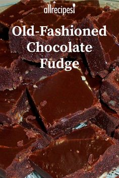 """Old-Fashioned Chocolate Fudge """"This is the best fudge I have ever had! Homemade Fudge, Homemade Candies, Homemade Chocolate, Chocolate Recipes, Easy Chocolate Fudge, Homemade Food, Mint Chocolate, Chocolate Chips, Fudge Brownies"""
