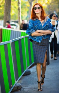 Button your denim jacket and wear it off-the-shoulder
