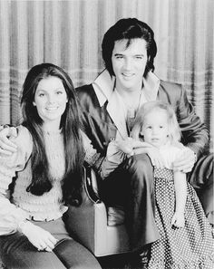 ladypresley:  Elvis, Priscilla and Lisa Marie Presley photographed by Frank Carroll at their Hillcrest home in Beverly Hills, CA, December 10, 1970.